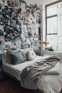 aesthetic home decor 30 Pretty Dorm Room Ideas For Popular Girls Dream Rooms, Dream Bedroom, Home Bedroom, Bedroom Decor, Bedrooms, Cozy Dorm Room, Decoration Inspiration, Aesthetic Rooms, Bedroom Inspo