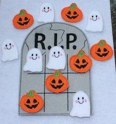113102cfe Gravestone Ghost and JackOLantern by cabincraftycreations on Etsy, $6.00  Tres En Raya Tablero, Juegos