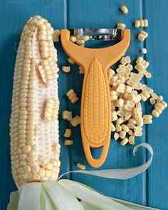 ❥ Corn Zipper: This product quickly and safely removes kernels from the corn while protecting the fingers.
