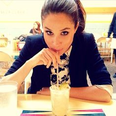 She really captured the art of drinking through a straw. #straw #lemonade…