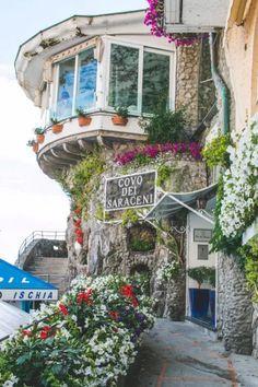 A little slice of heaven nestled in the Amalfi Coast - Positano, Italy (Via The Overseas Escape) Italy Vacation, Vacation Destinations, Dream Vacations, Italy Travel, Vacation Spots, Vacation Places, Vacation Travel, Greece Travel, Positano Italien