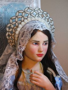 """""""Young Queen"""" One of a kind doll by Jamie Williamson"""