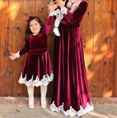 Kids Dress Wear, Kids Gown, Mom Dress, Dresses Kids Girl, Baby Dress, Mom And Baby Outfits, Mother Daughter Matching Outfits, Mother Daughter Fashion, Stylish Dress Designs