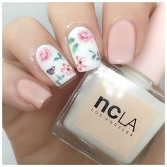 Meebox : Chelsea Flower Show Floral nail art