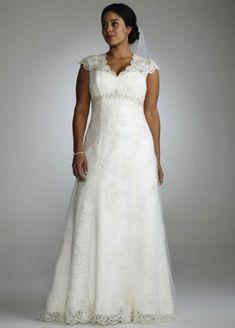 9 Top Plus Size Wedding Dress Designers To Know | Weddingomania