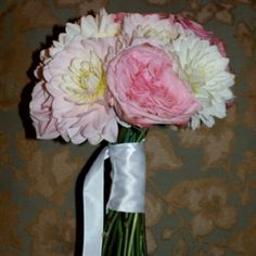 really easy to DIY. roses and dahlias