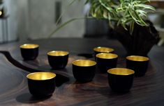 Alexander Lamont Burmese lacquerware made with horsehair and gold leaf