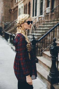 Fall Fashion Trends - Barefoot Blonde by Amber Fillerup Clark