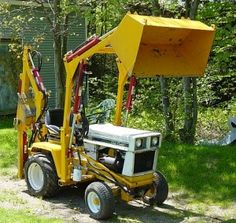 Homemade Front Loader for Garden Tractor Elegant Homemade Tractors . Yard Tractors, Small Tractors, Compact Tractors, John Deere Tractors, Tractor Bed, Red Tractor, Quad, Garden Tractor Attachments, Diy Projects Plans