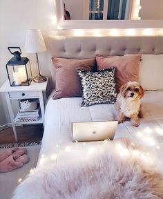 Teen Girl Bedrooms - From cool to super dreamy teen room decor help. Note - set in diy teen girl room fairy lights tag , example note pinned on 20190211 Cozy Bedroom, Bedroom Inspo, Bedroom Sets, Home Decor Bedroom, Modern Bedroom, Bedroom Furniture, Scandinavian Bedroom, Stylish Bedroom, Modern Teen Bedrooms