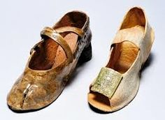 jenny stolzenberg - Ceramic shoes made to commemorate people lost in the Jewish Holocaust WW2. Moving work!
