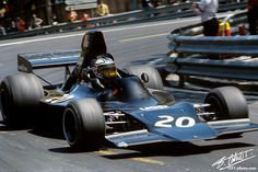 1973 Spanish GP American George Folmer Shadow - Ford - I believe Folmer was the oldest rookie to ever start in Classic Race Cars, Old Race Cars, F1 Racing, Indy Cars, Car And Driver, Formula One, Grand Prix, Georgia, Cool Photos