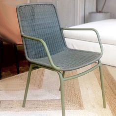 The Felix Dining Chair is suitable for use outdoors or indoors and is weather resistant. Dimensions: W: D: Seat H: Backrest H: back rest height, Armrest: The man… Outdoor Dining, Outdoor Chairs, Dining Chairs, Outdoor Furniture, Outdoor Decor, Outdoor Gardens, Wicker, Rest, Indoor