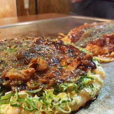 29 Cheap and Delicious Restaurants in Osaka Takoyaki, Delicious Restaurant, Osaka, Sushi, Restaurants, Pork, Japan, Meat, Chicken