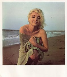 Marilyn at the seashore