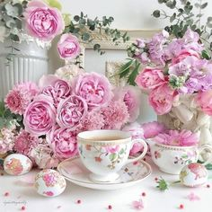 [New] The 10 Best Home Decor (with Pictures) - Wednesday afternoon calls for yummy tea pretty painted eggs and all things pink Sharing magical tea time inspo by the talented flower designer Kyoko Happy Hump Day lovelies! Types Of Flowers, Love Flowers, My Flower, Beautiful Flowers, Pink Love, Pretty In Pink, Beauty And The Beast Art, Tea And Books, Good Morning Coffee