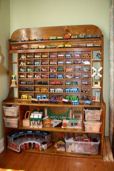 Need to make something like this. ...for a guy who loves his thomas trains!