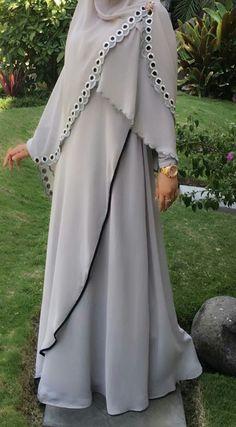 Baju Iranian Women Fashion, Islamic Fashion, Muslim Fashion, African Fashion, Niqab Fashion, Modern Hijab Fashion, Modest Fashion, Fashion Dresses, Hijabs