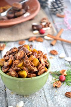 Cinnamon Spiced Nuts and a Little Inspiration via @TheHealthyApple #glutenfree #vegan #recipe http://thehealthyapple.com/2012/12/28/cinnamon-spiced-nuts-and-a-little-inspiration/#