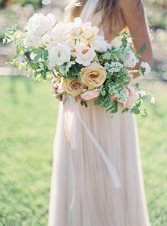 romantic rose bouquet by Tinge Floral