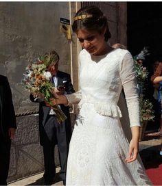 Lovely and stylish bride by Inés Martín Alcalde