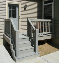 Outside step railing designs: small home exterior design: prefabricated porch steps, outdoor stair railings ideas how to select the best, outdoor stone steps and iron railing hgtv front steps Front Porch Stairs, Porch Steps, Deck Stairs, Wooden Stairs, House Stairs, Exterior Stair Railing, Outdoor Stair Railing, Stair Railing Design, Railing Ideas