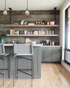 Modern kitchen cabinets are sometimes not made from metal. Also kitchen. Modern kitchen cabinets are sometimes not made from metal. Also its great to have precisely what you want in your kitchen. Classic Kitchen, New Kitchen, Kitchen Decor, Kitchen Ideas, Kitchen Inspiration, Kitchen Layout, Kitchen Modern, Kitchen Hacks, Modern Kitchens