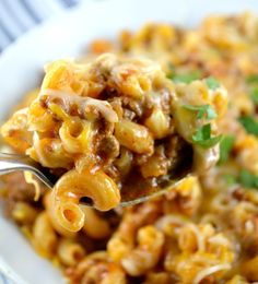 One Skillet Cheesy Chili Mac! Delicious, cheesy and gooey. Perfectly cooked pasta, meaty chili loaded with cheese all made together in ONE PAN! This recipe forOne Skillet Cheesy Chili Mac is really, really, really, a dream come true! Three reallys? Yes, three reallys! Delicious pasta, yummy meaty chili and gooey cheese. All made in one …