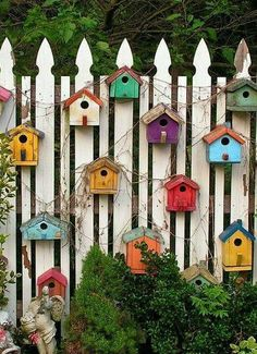 80 Awesome Spring Garden Ideas for Front Yard and Backyard Related posts: Best DIY Garden Globe Ideas & Designs For 2019 36 Truly Cool DIY Garden Bed and Planter Ideas 15 DIY Garden Fence Ideas With Pictures! DIY Garden Box for a Small Yard Tutorial Backyard Fences, Garden Fencing, Backyard Landscaping, Landscaping Ideas, Backyard Ideas, Garden Ideas Diy, Garden Shrubs, Homemade Garden Decorations, Patio Fence