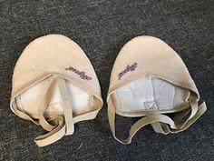 New Girls Half Toe Shoes Rhythmic Gymnastics Socks Color Beige (Size 1)