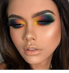 Eyemakeupart provides new eye makeup tutorial. How to make up your eye and how to do special design your eye. Just see Eyemakeupart web and start to do you. Makeup Eye Looks, Dramatic Eye Makeup, Smokey Eye Makeup, Eyeshadow Looks, Eyeshadow Makeup, Eyeshadow Palette, Yellow Eyeshadow, Foil Eyeshadow, Dramatic Eyes