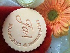 """""""JA"""" mit euren Initialen für den schönsten Tag in eurem Leben und vielen Feierlichkeiten hinterher. www.dein-keksstempel.de"""