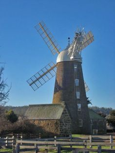 Callington Mill, Oatlands.  Article & photo by Roger Findlay.