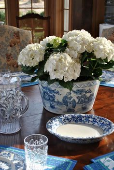 Hydrangeas for the table in blue and white The Enchanted Home