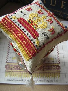 Holland, Stitching, Coin Purse, Blanket, Purses, Crochet, Beautiful, The Nederlands, Costura