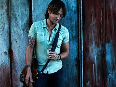 KEITH URBAN REVEALS SAD FAMILY SITUATION #KeithUrban
