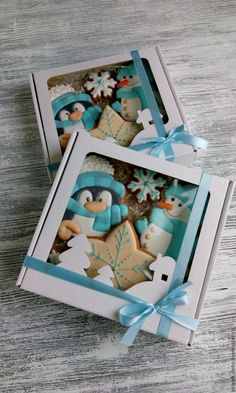 I like the cutout silhouettes on the front of the box Christmas Cookies Gift, Christmas Biscuits, Christmas Deserts, Handmade Christmas Gifts, Noel Christmas, Christmas Goodies, Christmas Crafts, Fancy Cookies, Iced Cookies