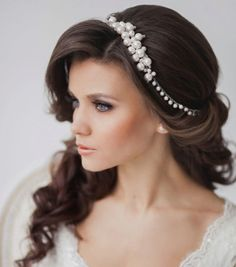 Round Face Bride What Hairstyle Wedding Planning Hairstyles Easy ...