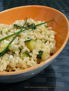 Un risotto courgettes parmesan Surimi Recipes, Endive Recipes, Veggie Recipes, Vegetarian Recipes, Healthy Recipes, Dinner Recipes, Parmesan Risotto, Easy Cooking, Risotto