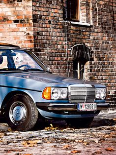 W123 in exactly the same colour as my w123!