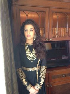 the beautiful Indian actress Aishwarya Rai Buchchan at   March 2014    - Former Miss World and actress Aishwarya Rai Bachchan mesmerised everyone when she appeared for the inauguration of a jewellery showroom in New Delhi.