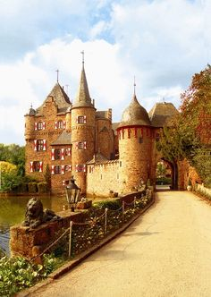 Burg Satzvey, NRW, Germany. Been there yesterday at a medieval pageant. It´s been totally fun!