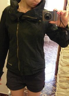 Kup mój przedmiot na #vintedpl http://www.vinted.pl/damska-odziez/inne-ubrania/5611341-czarna-kurtka-bench