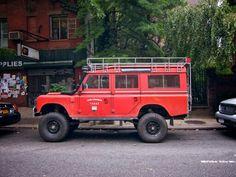 Land Rover Defender 110 :)