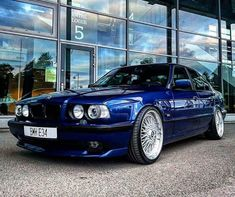 Bmw Blue, Car Paint Colors, Bmw E34, Bmw 5 Series, Car Painting, Bmw Cars, Cars And Motorcycles, Wheels, Cars