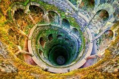 The Iniciatic Well, Sintra - Portugal ; this is so WOW