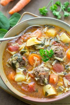 50 Fall Soups Guaranteed to Warm You Right Up Beef meatballs make this Italian wedding soup infinitely better. Cookbook Recipes, Cooking Recipes, Healthy Recipes, Fall Soup Recipes, Wedding Soup, Winter Soups, Soup And Sandwich, Soup And Salad, Pasta Salad