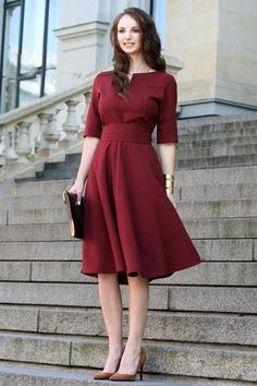 Plus Size Dress, Cocktail Dress, Burgundy Dress Dark red dress with circle skir… Plus Size Kleid, Cocktailkleid, Burgunder Kleid Dunkelrotes Trendy Dresses, Sexy Dresses, Dress Outfits, Casual Dresses, Fashion Dresses, Short Sleeve Dresses, Dresses With Sleeves, Red Dress Casual, Sweater Outfits
