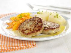 I denne oppskriften bruker vi hysefilet (kolje), som ligner mye på torsk. En oppfriskende salat av gulrot og appelsin er godt til.