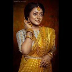 Bengali Bridal Makeup, Bengali Wedding, Bengali Bride, Indian Bridal Fashion, Designer Wedding Dresses, Bridal Dresses, Bengali Jewellery, Pinterest Photography, Top Wedding Trends